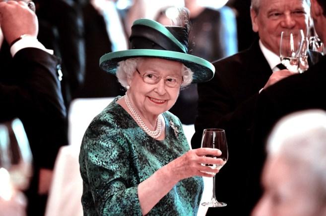 La Reina Isabel II durante su visita a Alemania el pasado mes de junio