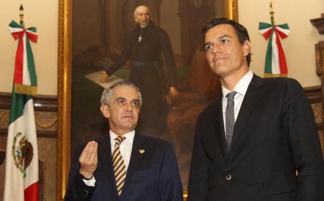 Pedro Sánchez se reúne con el jefe del Gobierno del Distrito Federal...