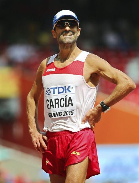 Jesús Ángel García Bragado, tras cruzar la meta en la prueba de 50...