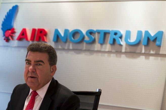 El presidente de Air Nostrum, Carlos Bertomeu, durante una rueda de...