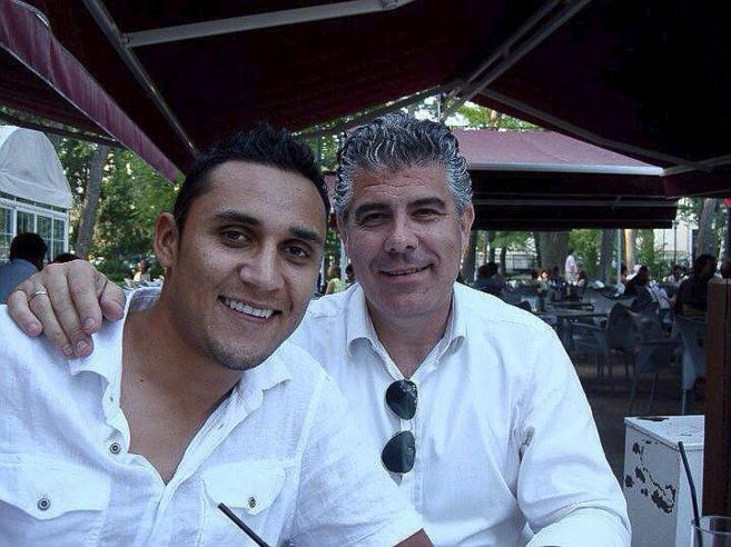 Ricardo Cabañas, representante de Keylor Navas, con el jugador