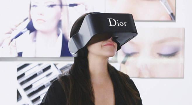 Las gafas virtuales de Dior para 'colarse' en el 'backstage' de desfiles    Innovadores   EL MUNDO
