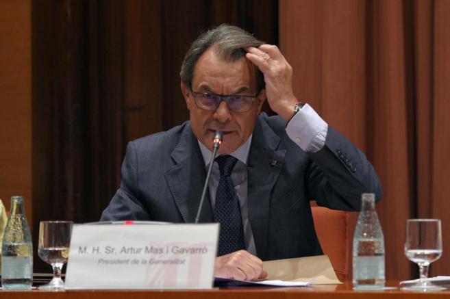 El presidente de la Generalitat, Artur Mas, durante su comparecencia...