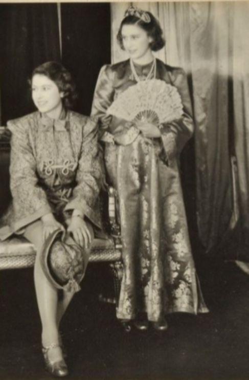<strong>Imágenes de Isabel II en su juventud.</strong> La subasta de...