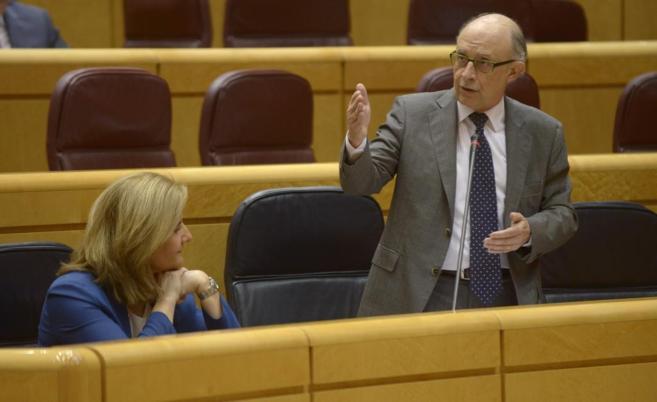 El ministro de Hacienda, Cristóbal Montoro, en la sesión de control...