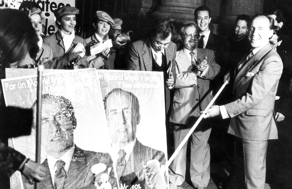 En 1991 decidió presentarse a las elecciones con su propio partido,...
