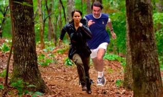 José María Aznar en plena persecución de Katniss Everdeen