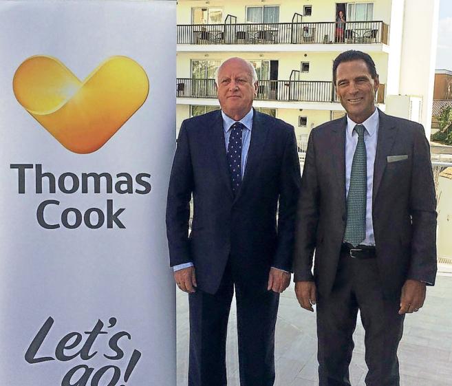 Los directivos de Thomas Cook, Frank Meysman y Peter Fankhauser, ayer...