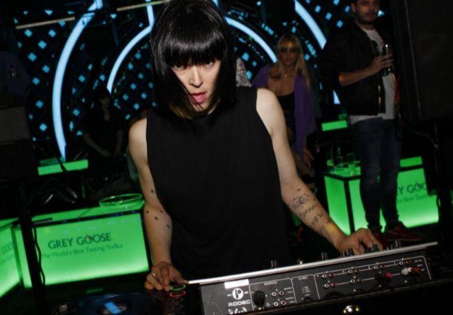 Bimba Bosé, durante una de sus actuaciones como DJ.