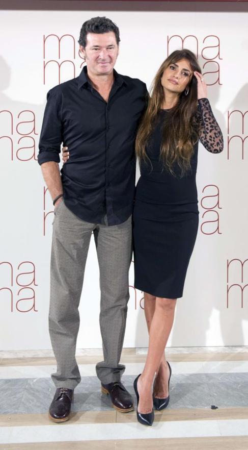 Julio Medem y Penélope Cruz en la presentación de 'ma ma'.