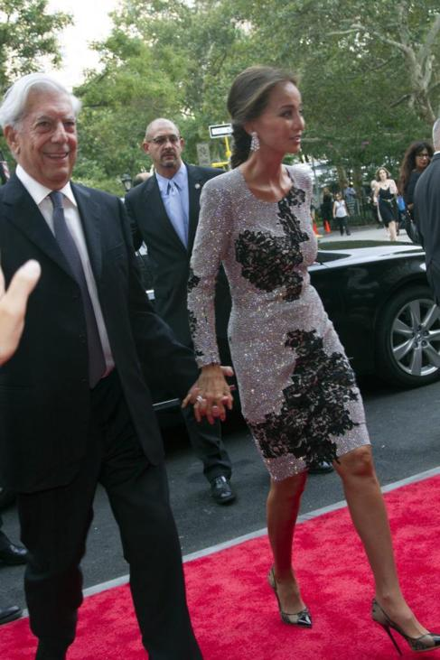 Preysler con Vargas Llosa, el miércoles, de la mano en Nueva York.