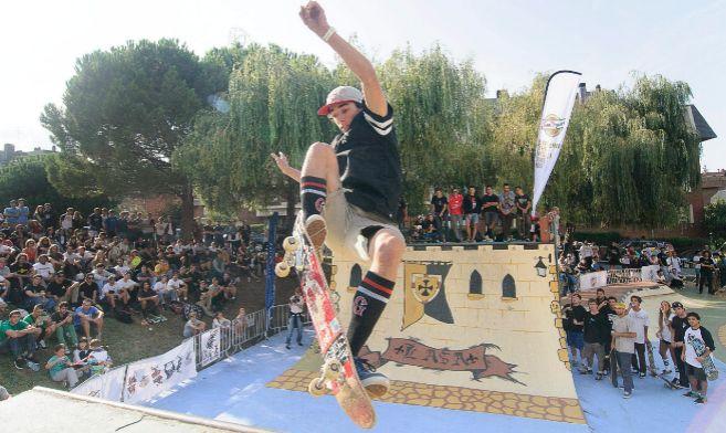 Un 'skater' en el Euskaltel Bowlzilla Getxo, celebrado ayer...