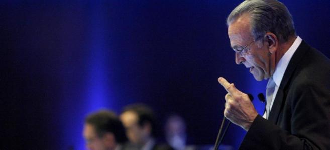 El presidente de CaixaBank, Isidro Fainé, en una comparecencia...