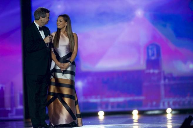 Vanessa Williams, en el escenario de Miss America, en el momento en el...