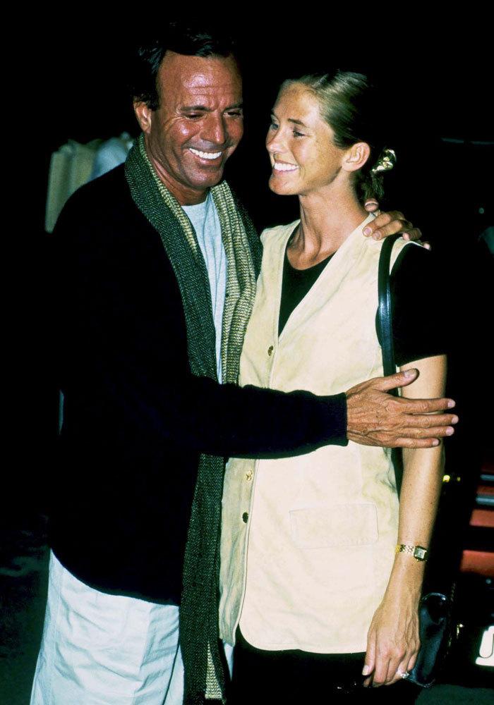 En 1990 empezó a salir con Miranda Rijnsburger.