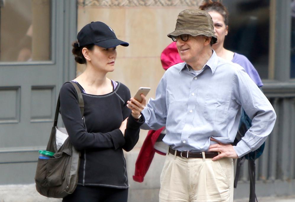 <strong>Woody Allen y Soon-Yi</strong>. Pocos romances desataron...