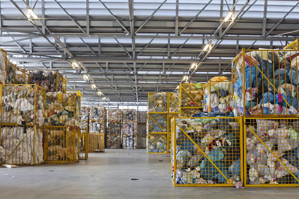 97cd0d602314 350 toneladas de prendas llegan a la planta de Soex cada día. Foto  Matias  Sauter. Cortesía de H M