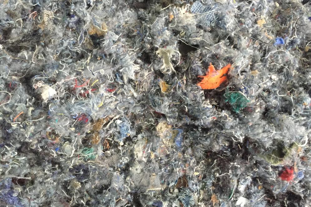 3b3f420cd769 El largo viaje de la ropa en el proceso de reciclaje