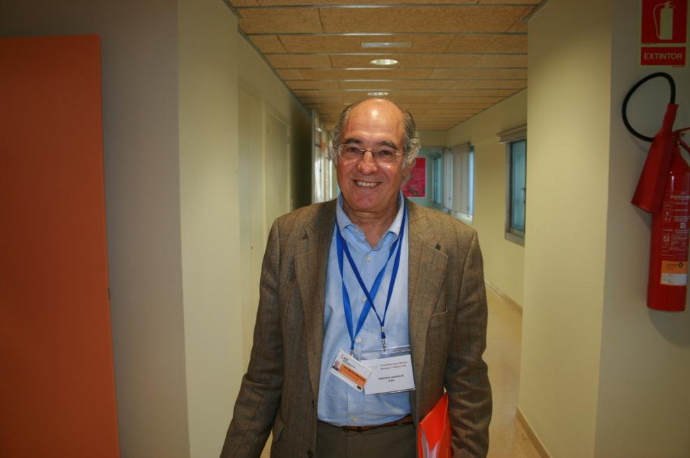 Carlos Alberto González, investigador emérito del Instituto Catalán...