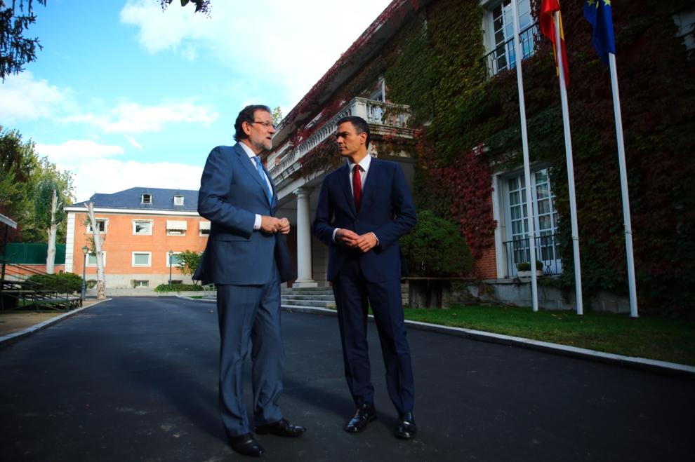 Imagen del encuentro difundida por la Presidencia del Gobierno y el...