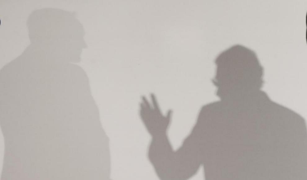 Las sombras de Mariano Rajoy y del presidente de UPN, Javier Esparza,...
