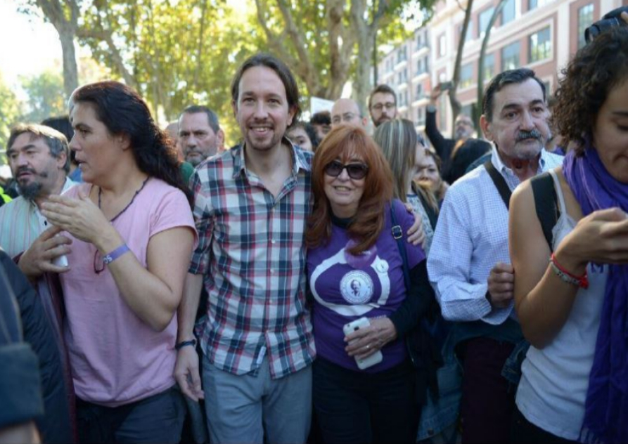 """Pablo Iglesias está encabezando la marcha y ha afirmado que """"se..."""