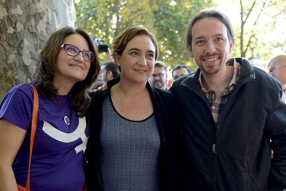 Mónica Oltra, Ada Colau y Pablo Iglesias, ayer, en Madrid.