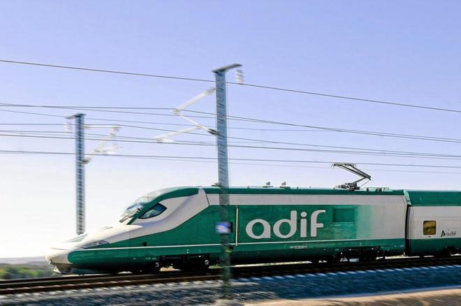 Tren Séneca en tramo Horcajada de la Torre