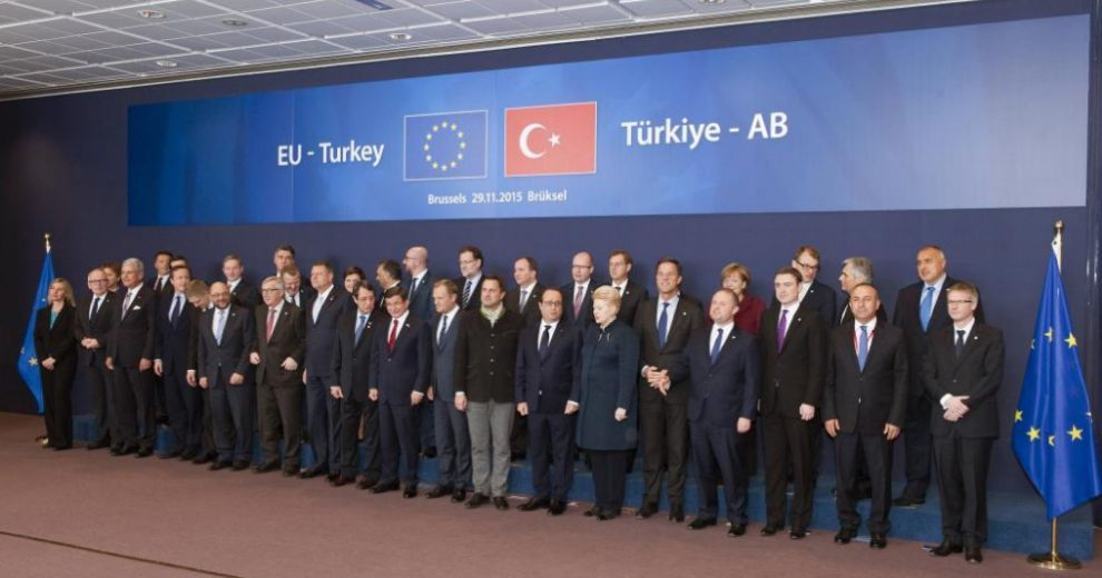 Foto de los jefes de Estado y de Gobierno presentes en la cumbre...