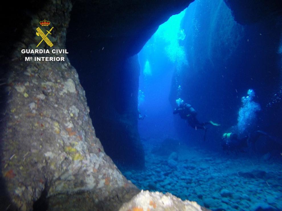 Rescate Submarino De Un Joven Atrapado En Una Cueva En Ibiza Ibiza El Mundo