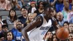 Ndour, durante un partido con los Dallas Mavericks.