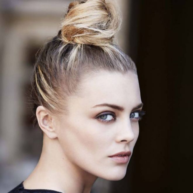 Dos Peinados De Moda Para Afrontar El Invierno Con Estilo Belleza - Peinados-ala-moda-2015