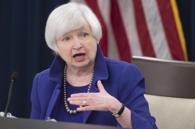 La presidenta del la Reserva Federal estadounidense, Janet...