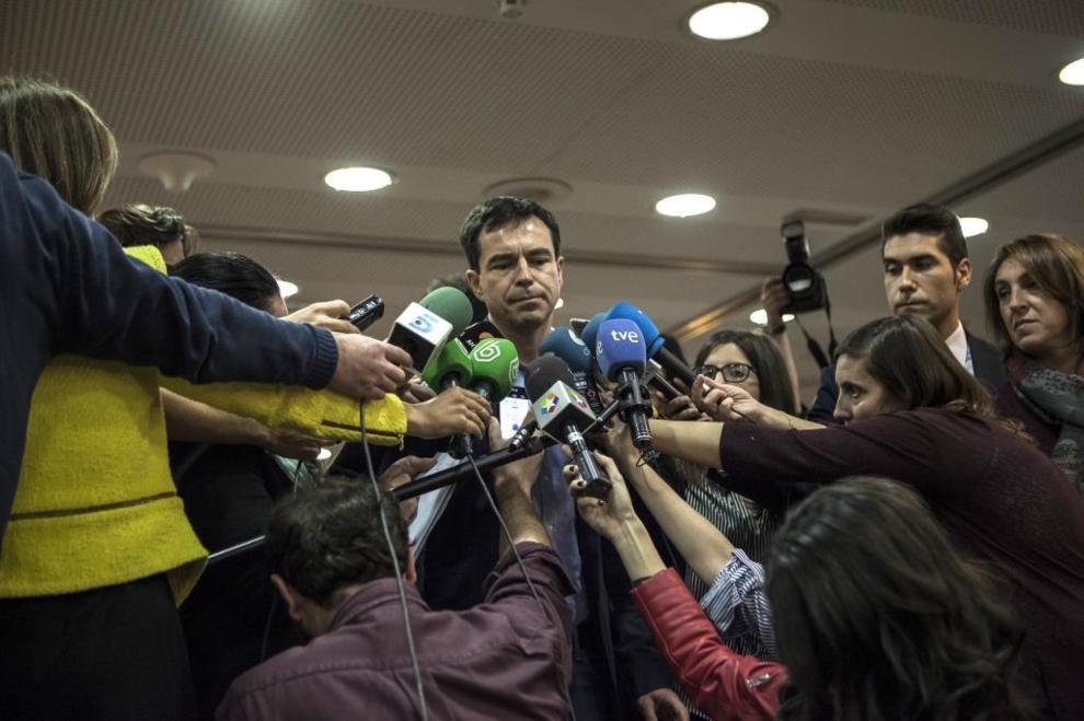 Andrés Herzog, en el hotel donde ha conocido los resultados de las...