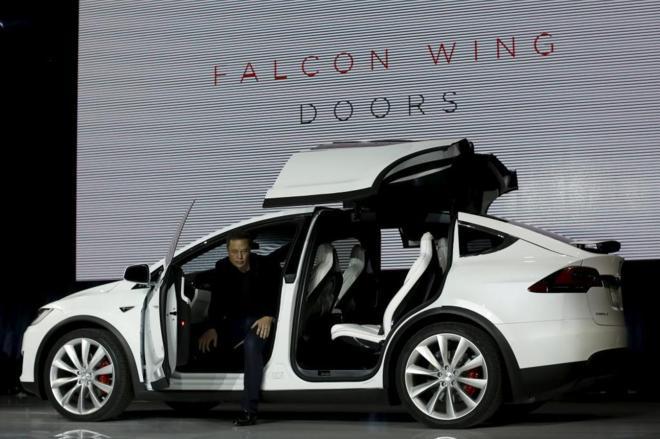 Elon Musk, fundador de Tesla, durante la presentación de uno de sus...