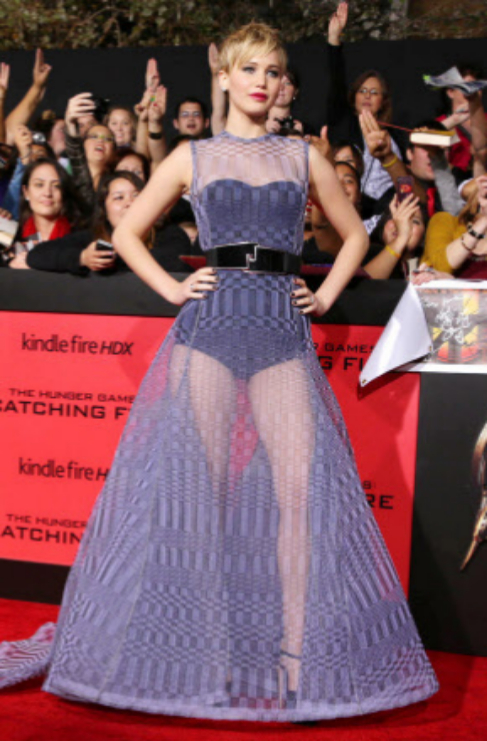 La actriz Jennifer Lawrence (25) acostumbra a vestir pomposos modelos...
