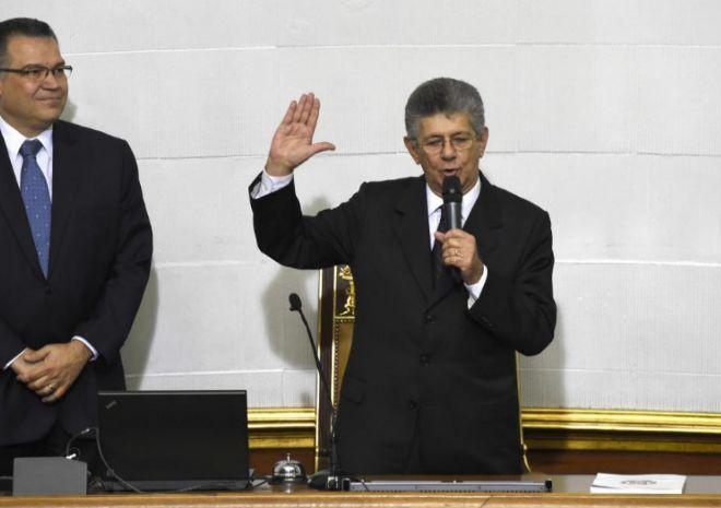 El nuevo presidente de la Asamblea venezolana, Henry Ramos Allup,...
