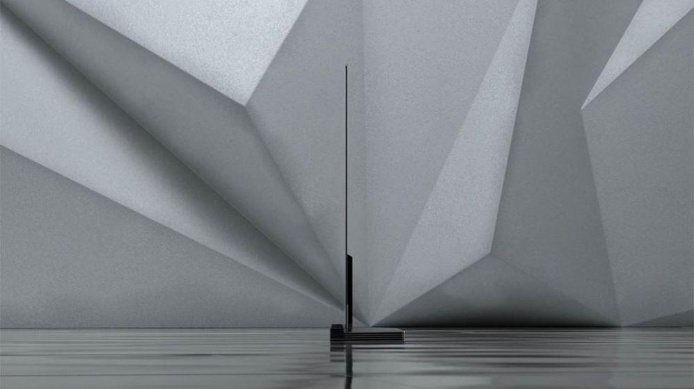 <STRONG>LG OLED TV.</STRONG> Hablando de productos muy, muy delgados, la última generación de pantallas OLED de LG tiene paneles de menos de tres milímetros de grosor. Son sólo un fino cristal que descansa sobre una base de diseño que es la que encierra la electrónica y las conexiones. Tienen resolución 4K y una espectacular calidad de imagen.