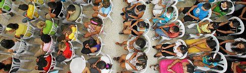 Alumnos en su primer día de clase, en un centro educativo de Málaga.