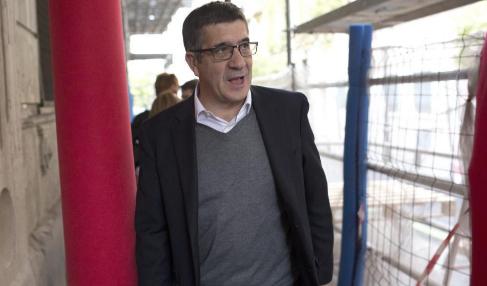 Patxi López, a su llegada a una reunión del Comité Federal del...