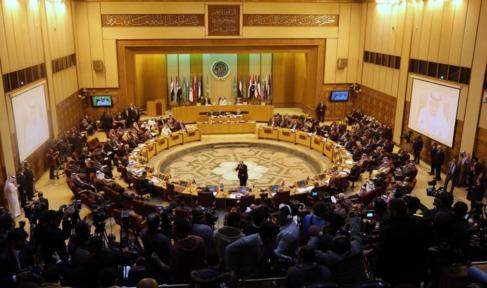 Vista general de la reunión de la Liga Árabe, este domingo en El...