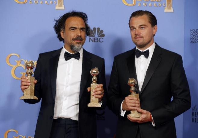 Alejandro Gonzalez Inarritu posa junto a Leonardo DiCaprio.