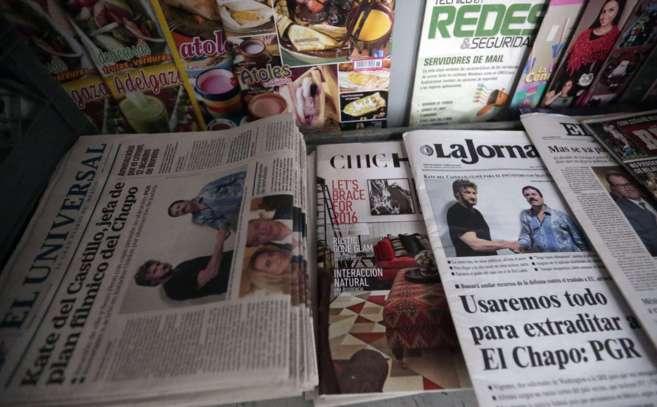 La prensa mexicana refleja en sus portadas la noticia de la...