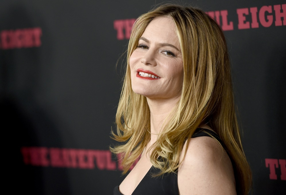 Entre otras cosas, <strong>Jennifer Jason Leigh</strong> puede...