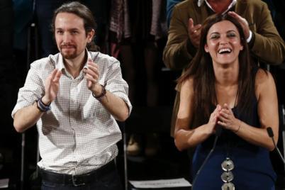 Pablo Iglesias, junto a la candidata del Bloco a la Presidencia,...