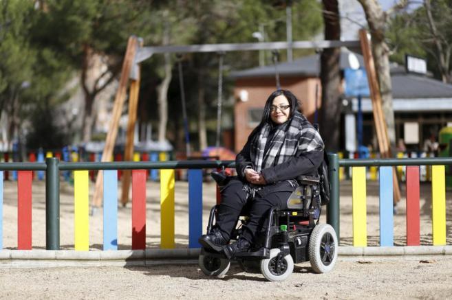 Lucía Santos ha creado un parque infantil adaptado en Moratalaz.