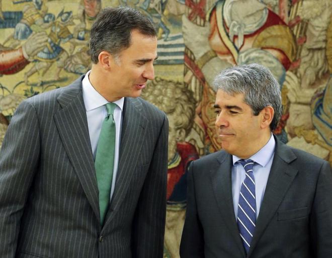 Felipe VI, con Francesc Homs en la Zarzuela.