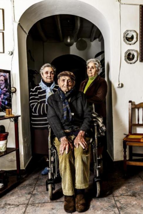 El hombre más longevo de España (y quizás el primero del mundo, a...
