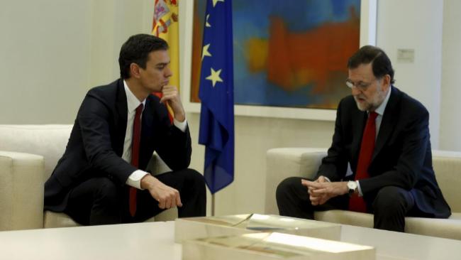 Mariano Rajoy y Pedro Sánchez, en La Moncloa el pasado 23 de...