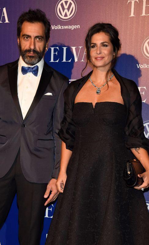 <strong>Nuria Roca (42) y Juan del Val (44) </strong>La presentadora y...